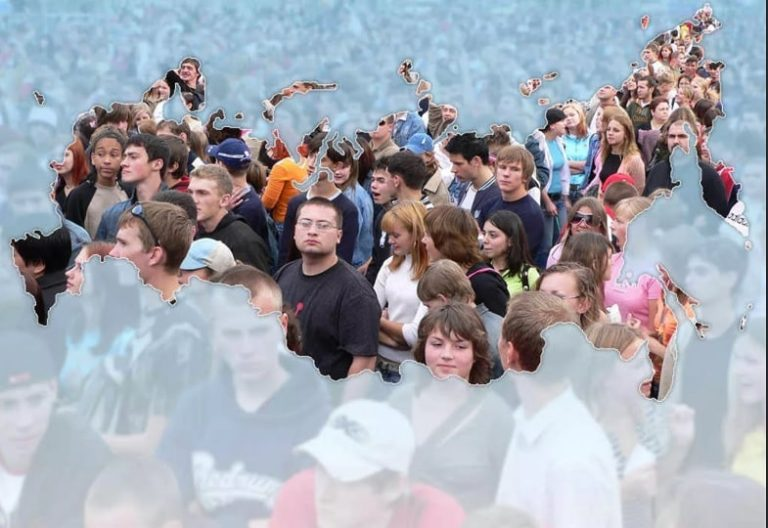 Россия: убыль населения может разогнаться до почти миллиона человек в год – Росстат