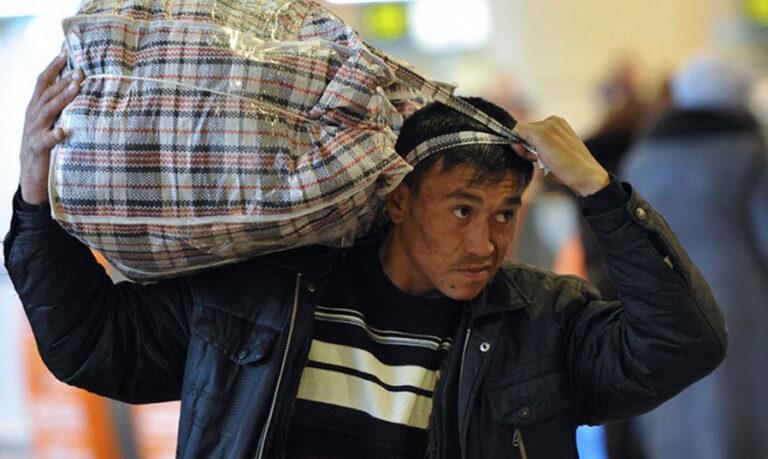 Сколько трудовых мигрантов вернулось в Узбекистан с начала года?