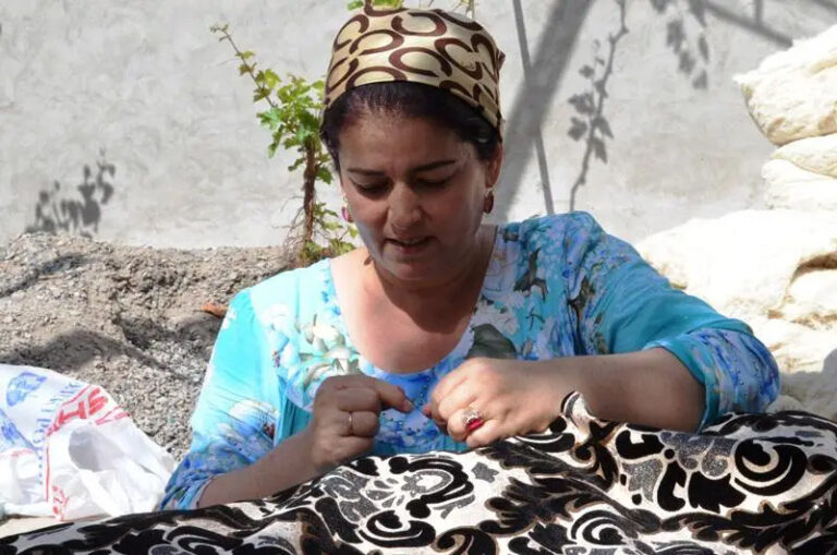 Быть женщиной в Таджикистане. Сказ о матерях, сестрах, дочерях