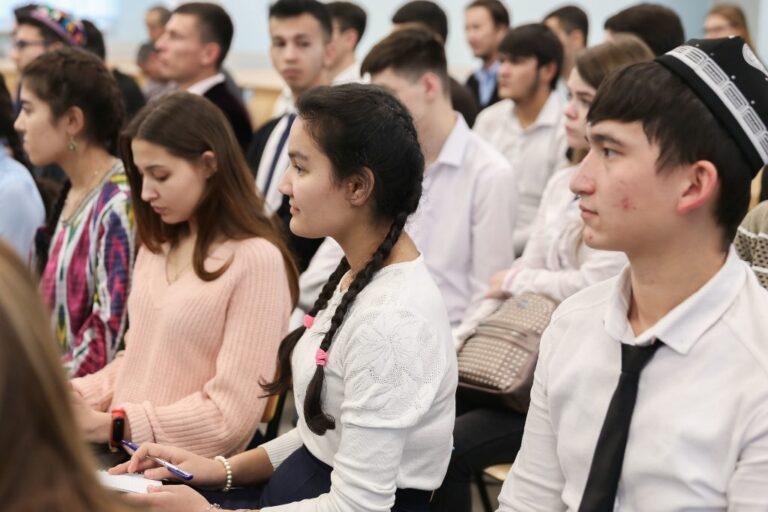 Высшее образование в Узбекистане – это бессмысленная роскошь?